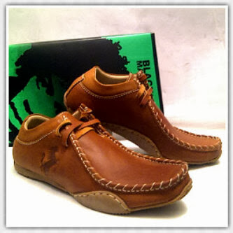 Sepatu Black Master Bandung