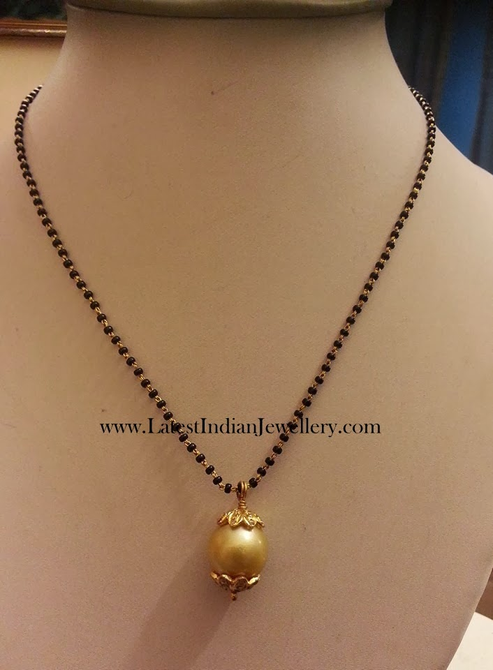 22 Karat Temple Jewellery Designs Heavy Mango Necklace