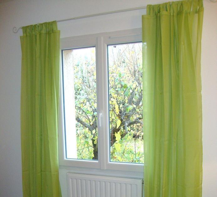 le vide grenier de titine var rideaux voilages vert anis. Black Bedroom Furniture Sets. Home Design Ideas
