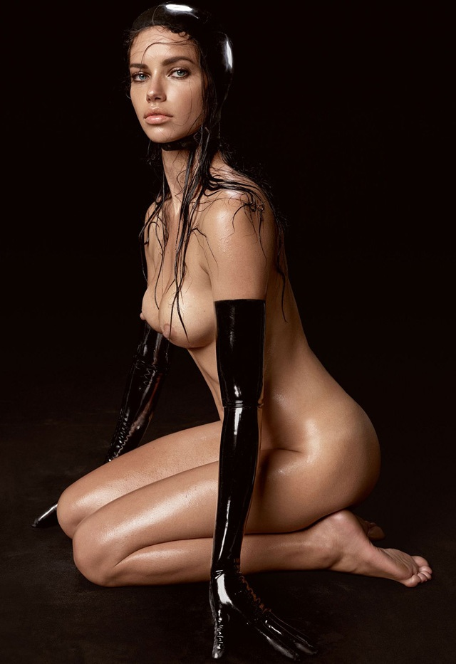 Adriana Lima desnuda