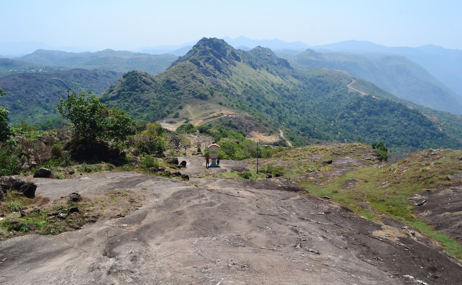 Vagamon also has vast stretches of beautiful green meadows and scenic ...