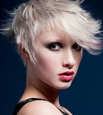 urban short hairstyles : fashion Ra: 2012 modern k?sa sa? kesimi short urban hairstyles 2012