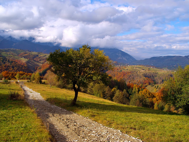 explore romanian landscapes autumn