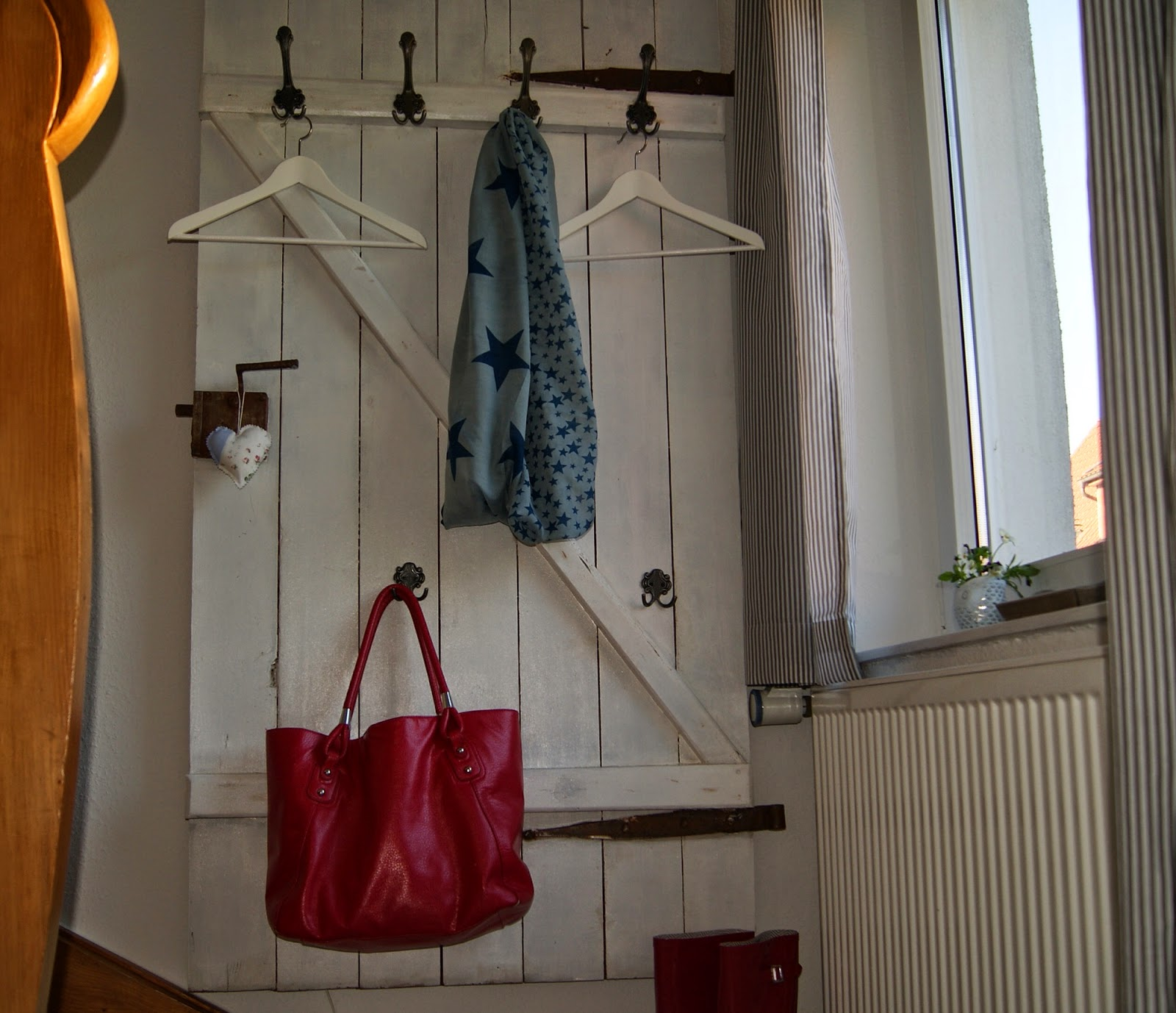 alte t r als garderobe alte t r als garderobe vorraum pinterest ps 1001 ideen f r alte t ren. Black Bedroom Furniture Sets. Home Design Ideas