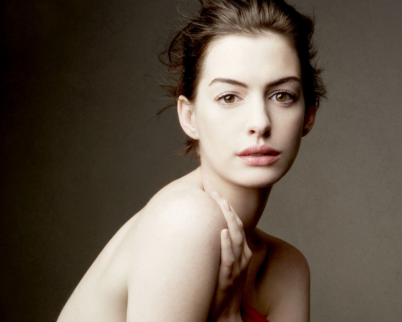 Anne Hathaway HOT Photoshoot for Town Country Magazine