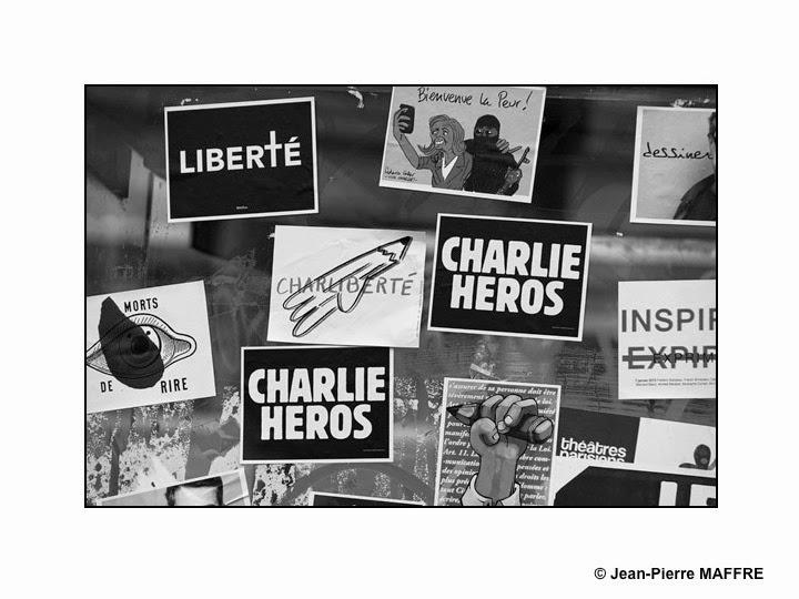 http://www.jpmaffre.fr/je-suis-charlie-en-noir-et-blanc/diapositive01.html