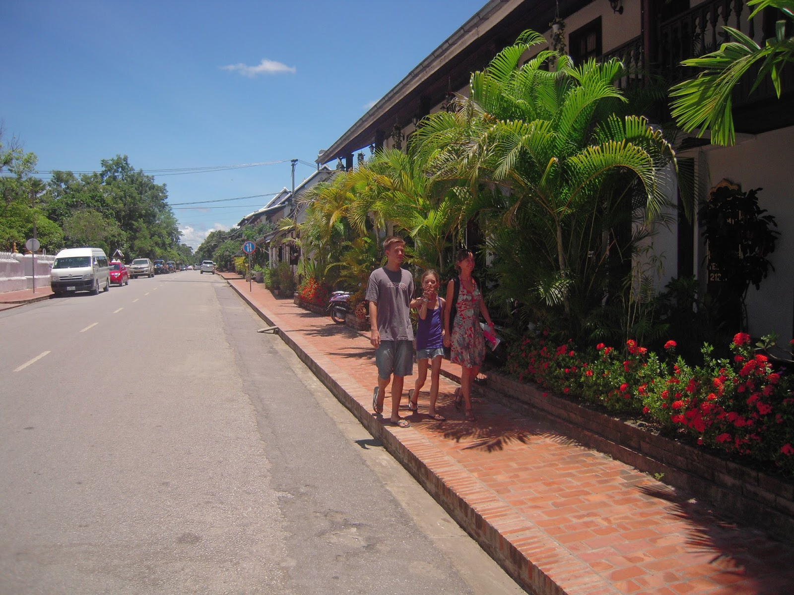 Carnet de route de gaston luang prabang for Chercher un hotel