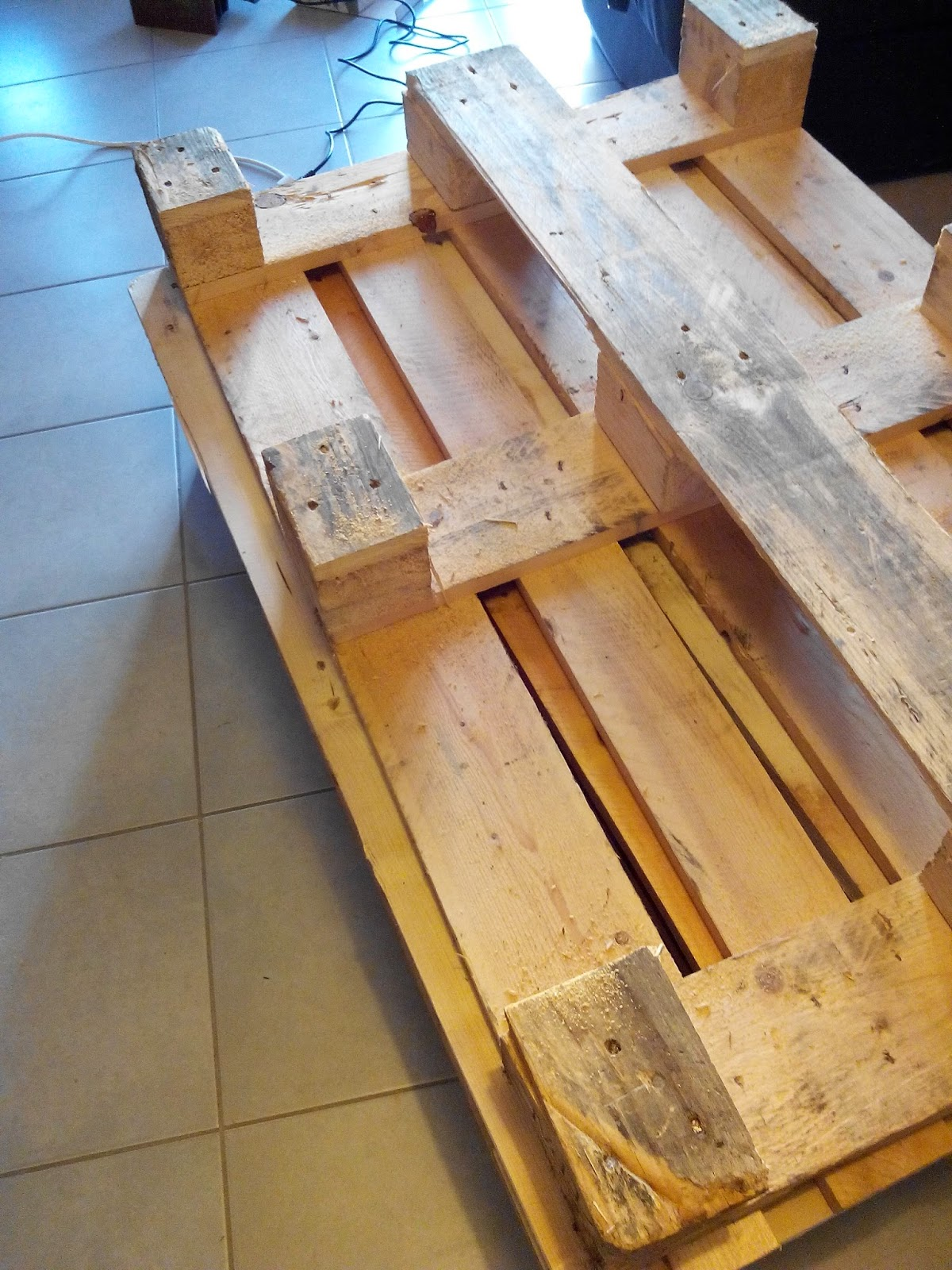 palette, table basse, DIY, lazure, bricolage, bullelodie