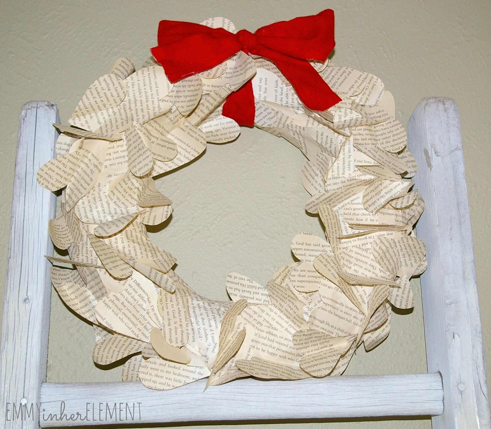 I will first start with my book paper wreath. I love this little wreath  because my home is decorated in the vintage style. The pretty