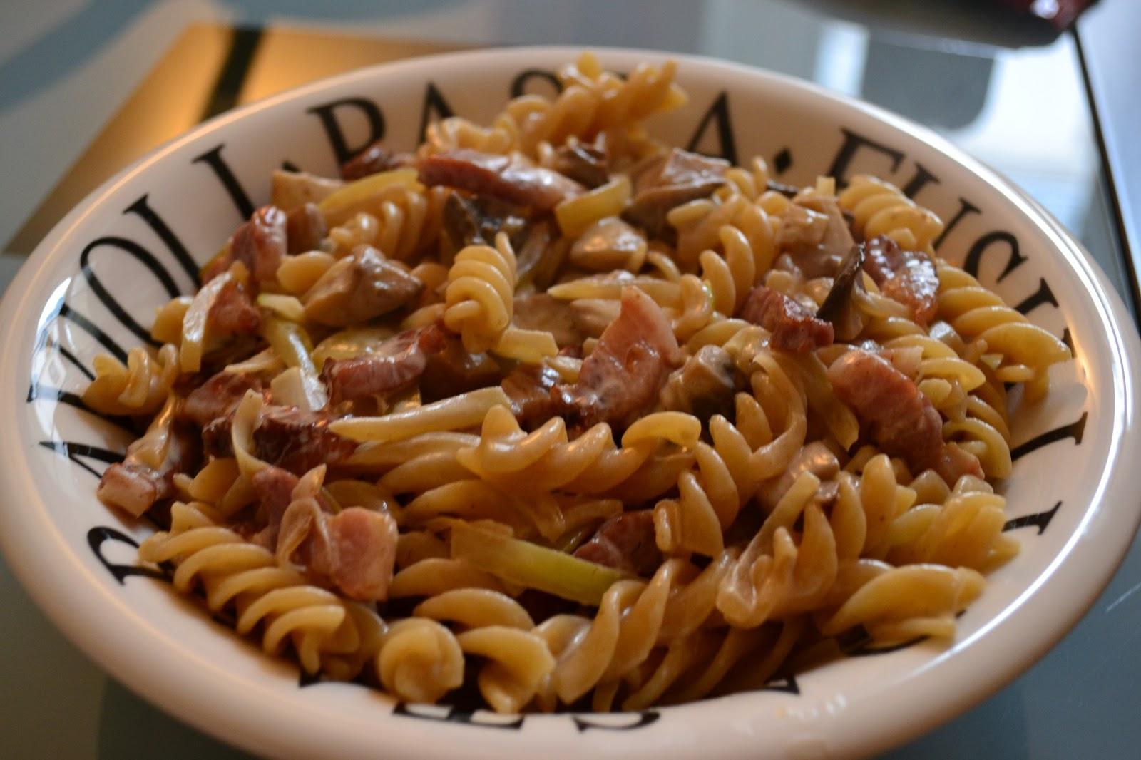lili s cookbook p 226 tes aux lardons oignons et chignons