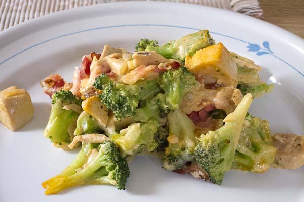 kyckling och broccoligratäng