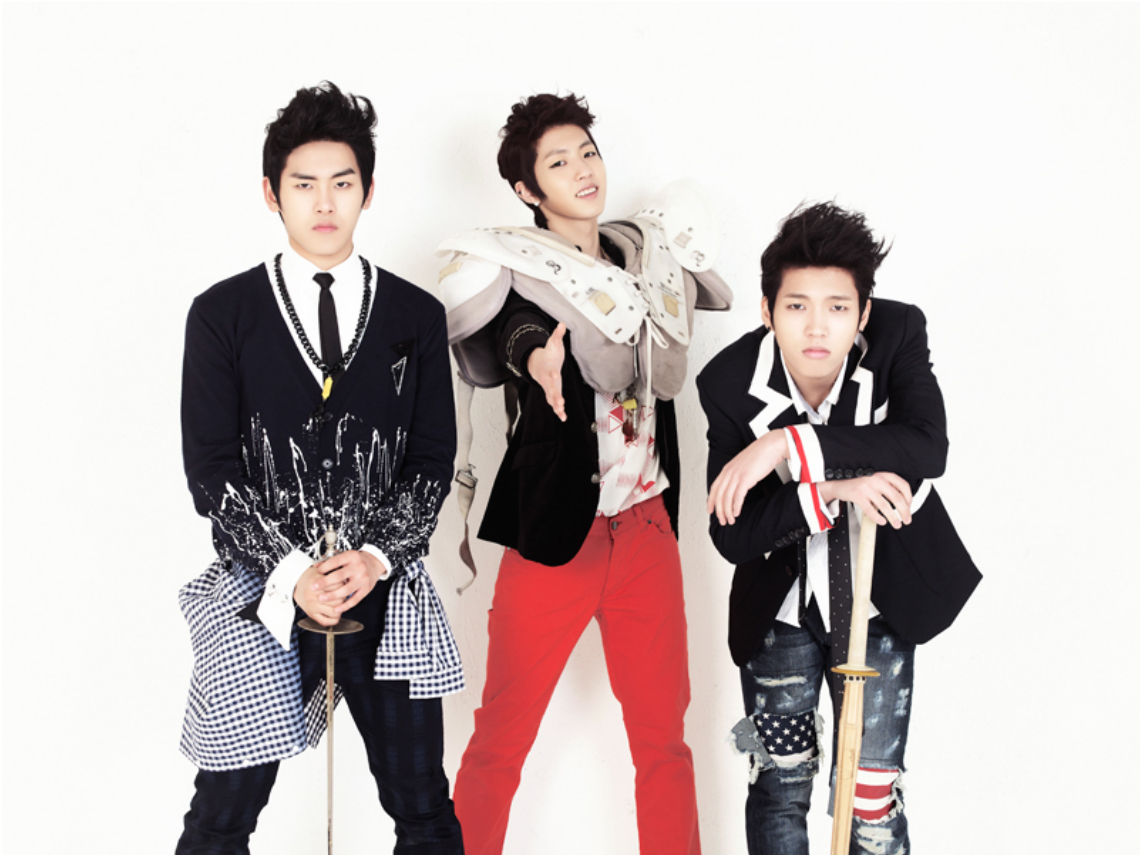 POP: Infinite  Inspirit Photoshoot
