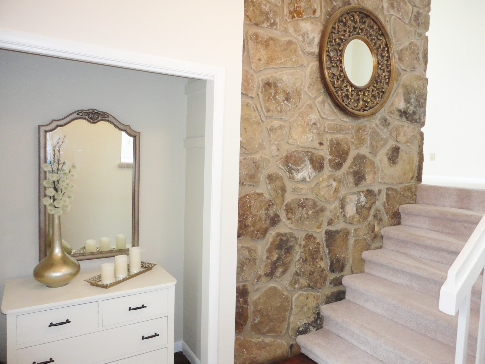 Small Foyer Makeovers : Livelovediy our entryway makeover the before after
