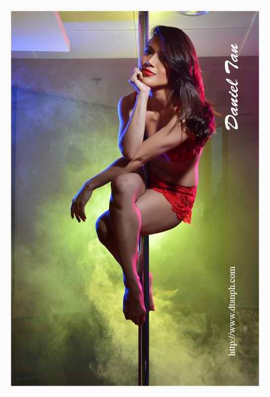 ciara sotto sexy pole dancing pics 03