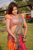 Komal Jha latest dazzling photos gallery-thumbnail-11