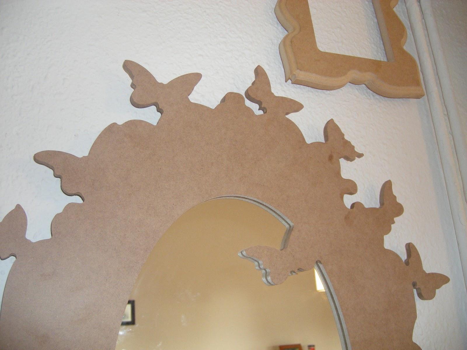 Espejos de madera antiguo vs moderno en el taller for Marcos de espejos en madera modernos