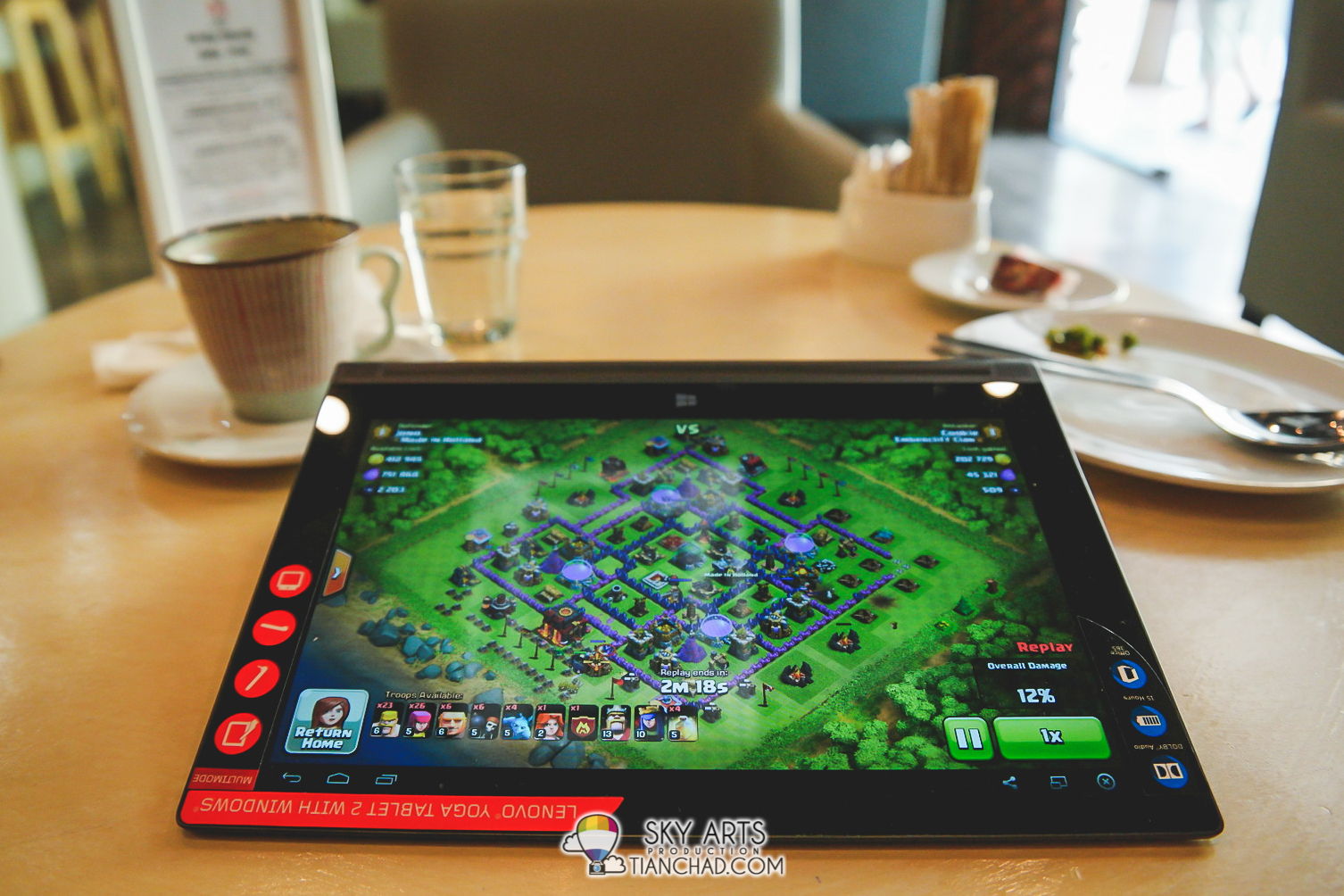 Playing Clash of Clans on your Yoga Tablet 2 with Windows