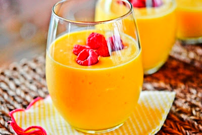 Peach-Mango Smoothies