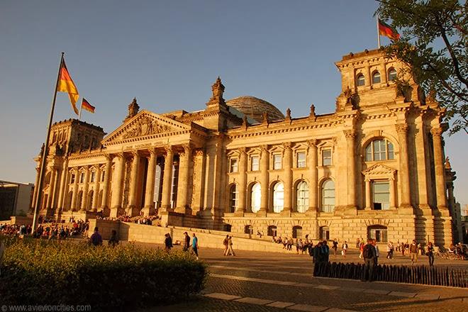 Reichstag-Berlin-twilight