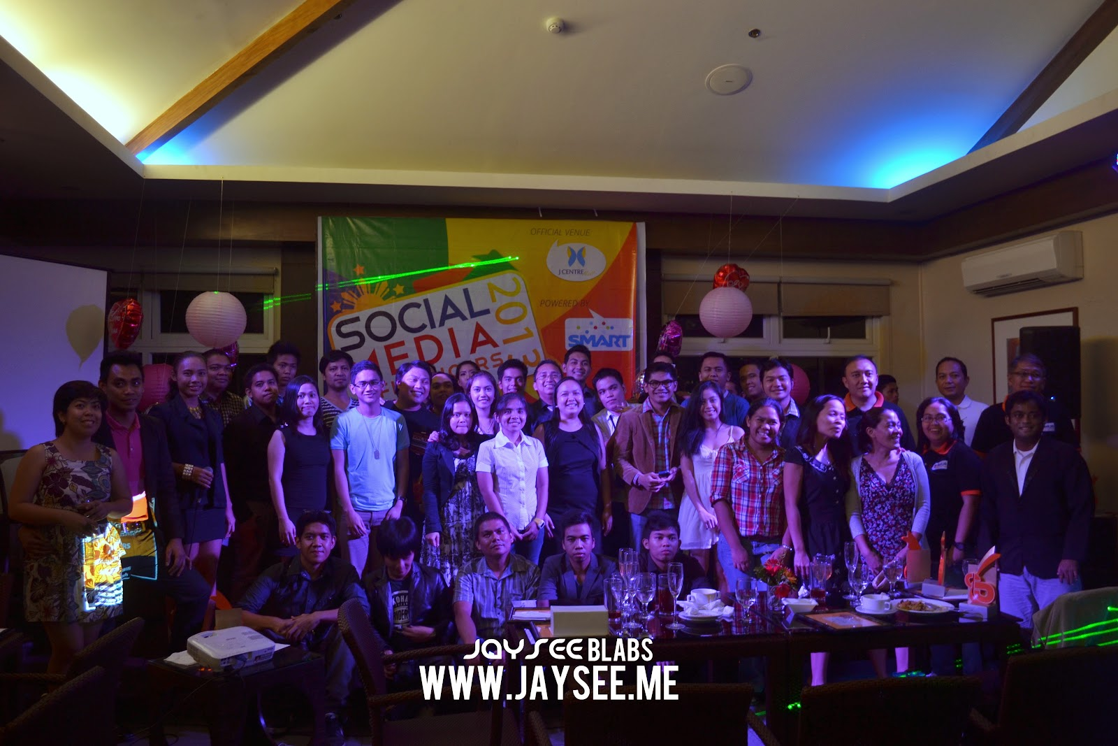 jaysee pingkian jayseeblabs cebu bloggers The CBSi family with our partners!