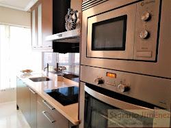 Piso de tres dormitorios en venta en Vioño, Avd. de Arteixo, soleado, garaje. 265.000€