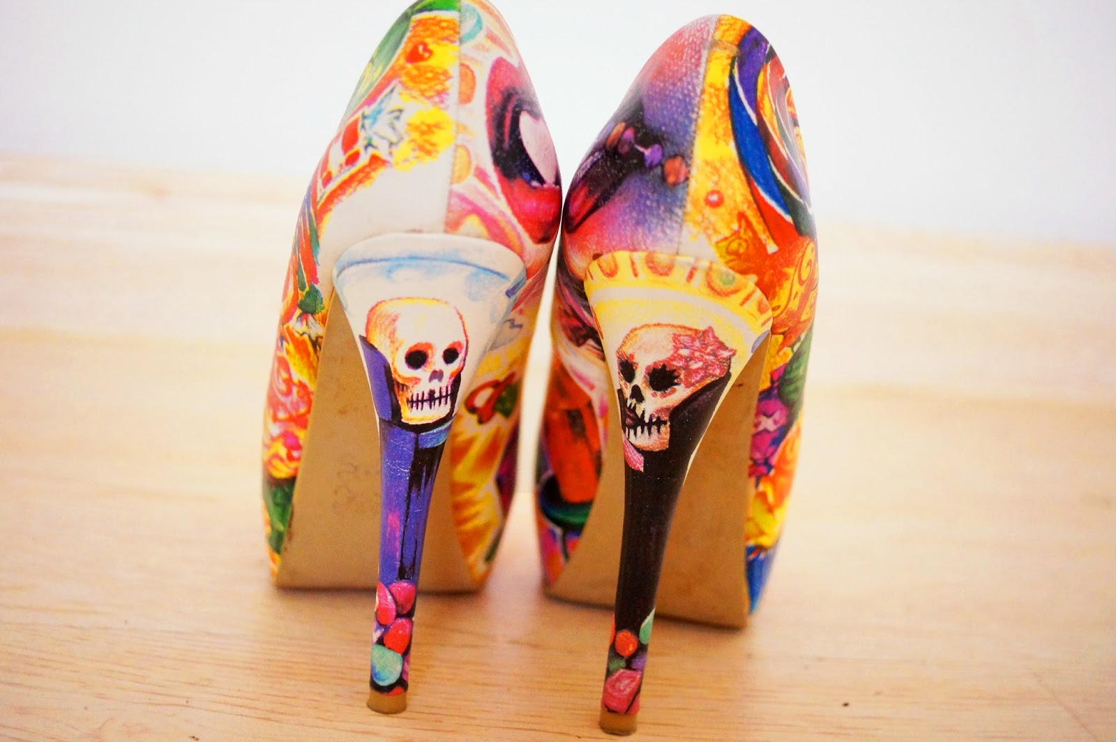 Super cute candy shoes!