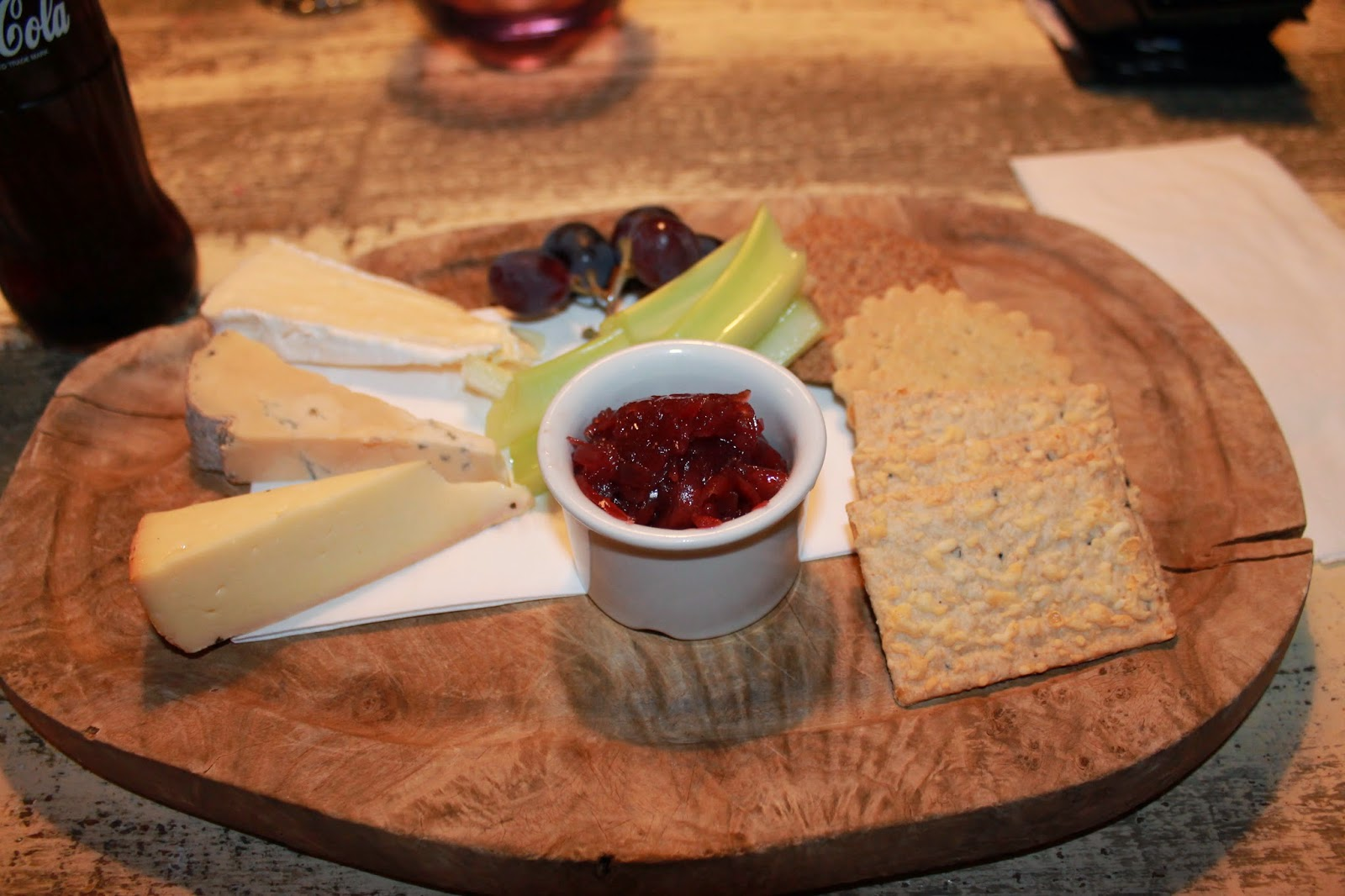 Lunch out, Cheeseboard, Nicki Kinickie