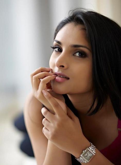 hot actress ramya