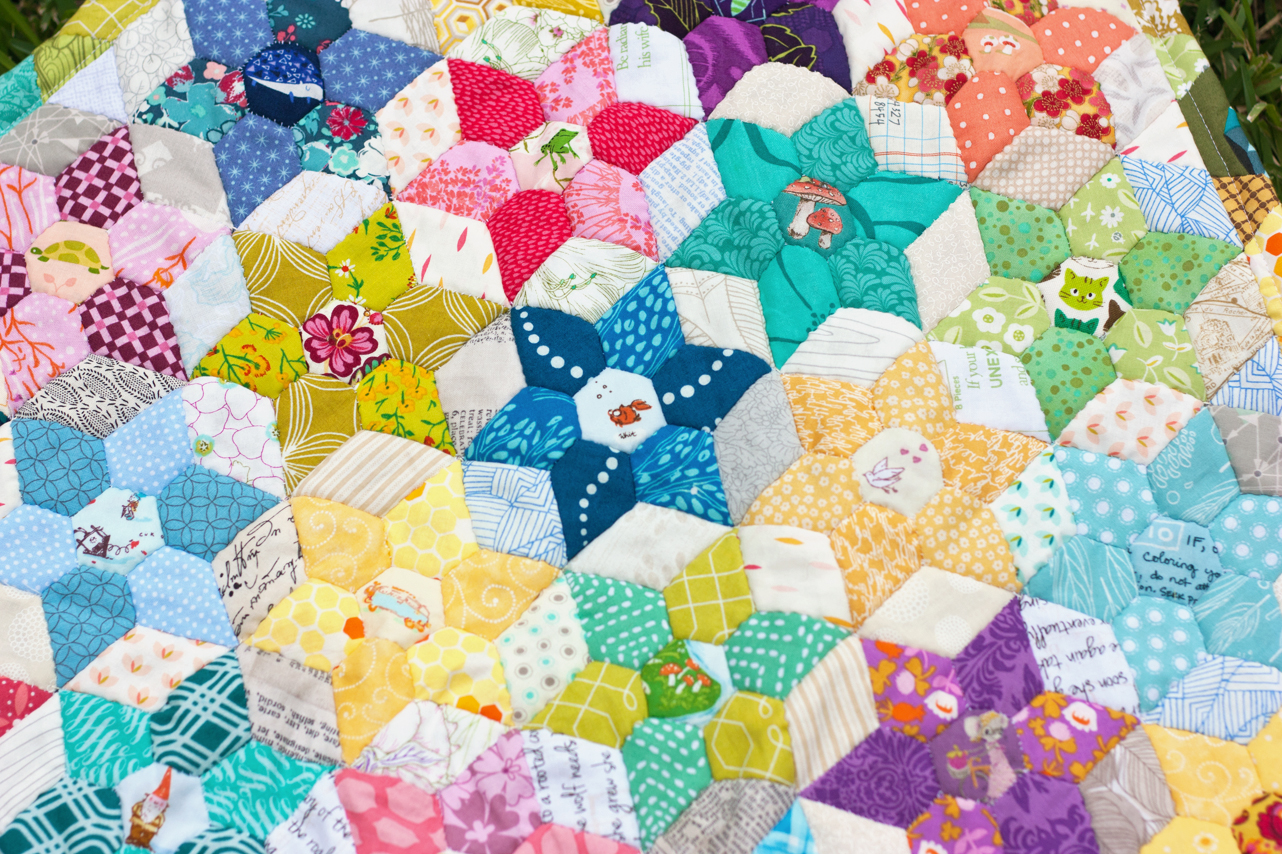 I Am Luna Sol: Free Quilt Pattern: Diamond Jewel Star Quilt