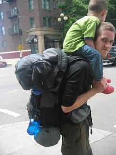 子供ととバックパックPhotographer keylime