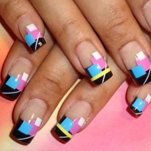 Manikir-slike-apstraktni-nokti