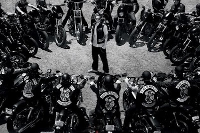 THE NEWS BUNDLE: FX Sets 'Sons of Anarchy' Season 6 For September