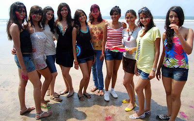Indian ColorfulGirls Holi Photos