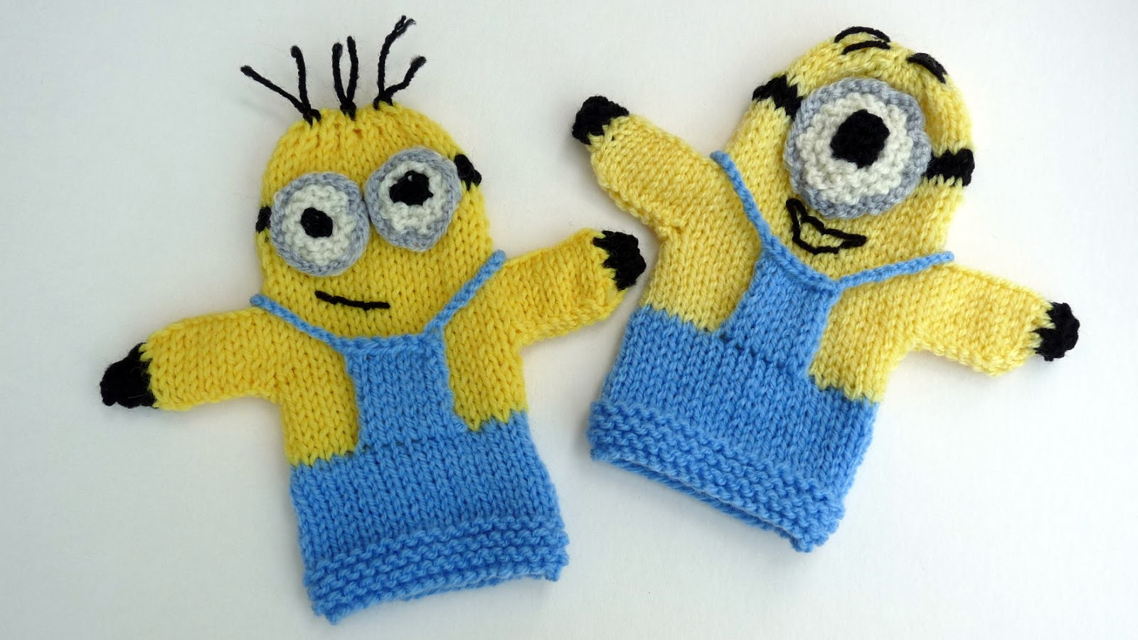 Small Heart Knitting Pattern : Musings of the Puppet Lady: Minion Puppet Knitting Pattern