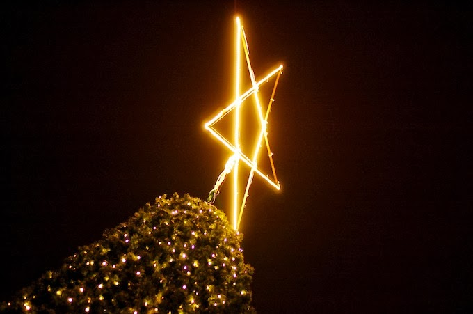 Vancouver Christmas Market tree star