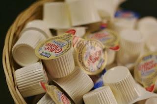crema de café está hecho de jarabe de maíz y (hidrogenado, ácidos grasos trans) aceites vegetales.