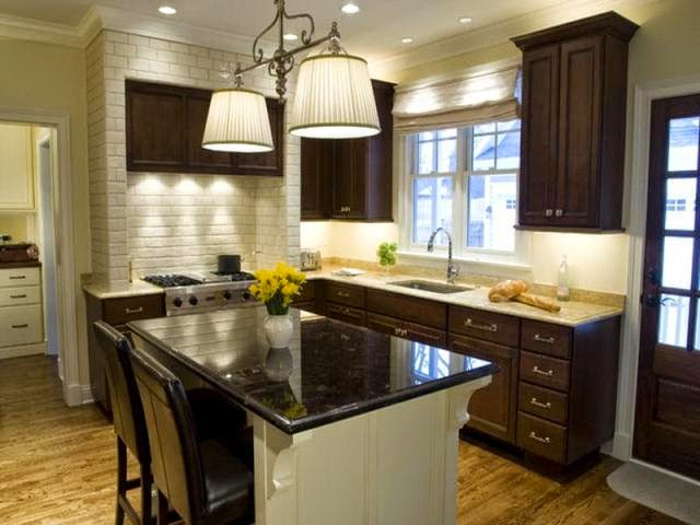 Wall paint ideas for kitchen for Kitchen paint colors with dark wood cabinets