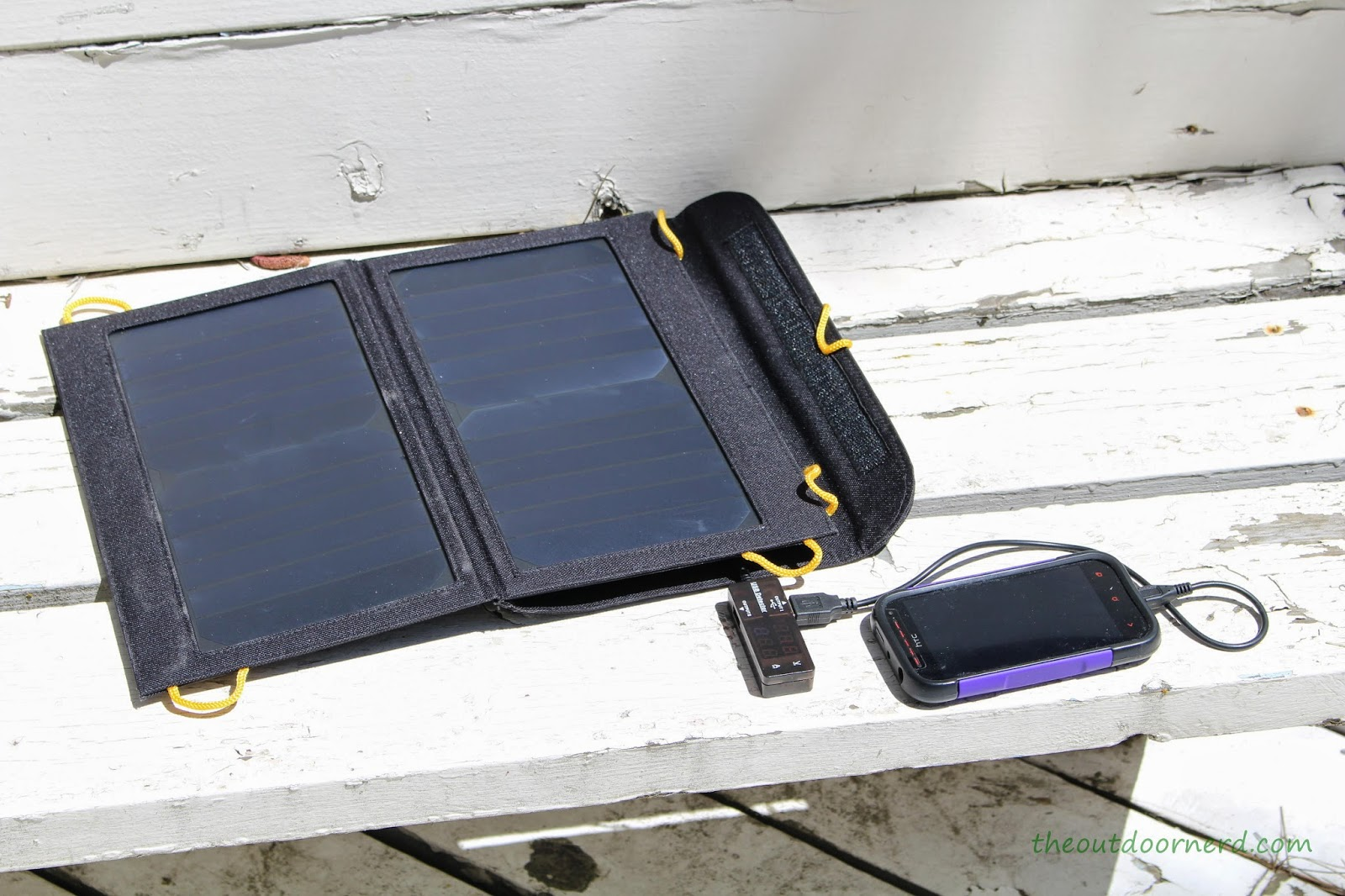 Levin Sol-Wing 13W Solar USB Charger: Test 1: Smart Phone