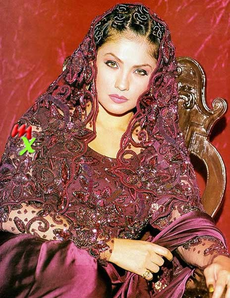 Pooja Bhatt Wallpapers Pooja Bhatt Photo Set