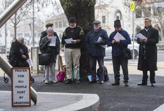 Petisi Untuk Protes Di Klinik Aborsi
