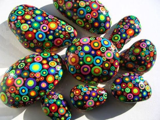 painted rocks piedras