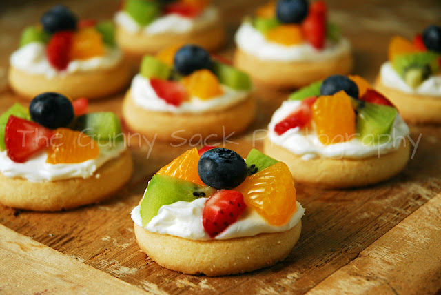 Mini Fruit Pizza - The Gunny Sack