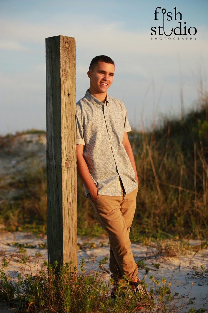 Senior pictures at Jetty Park