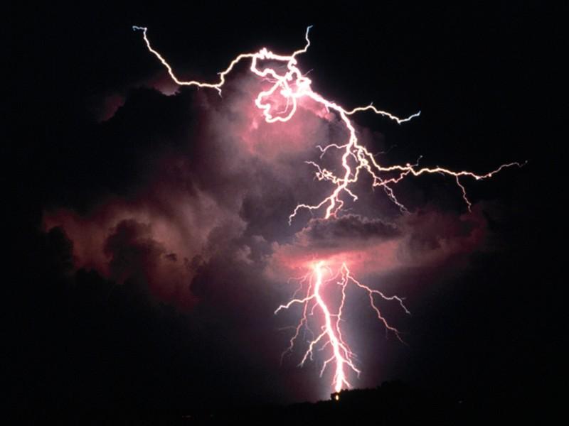 Sonido de tormenta con las manos en Recicla Inventa