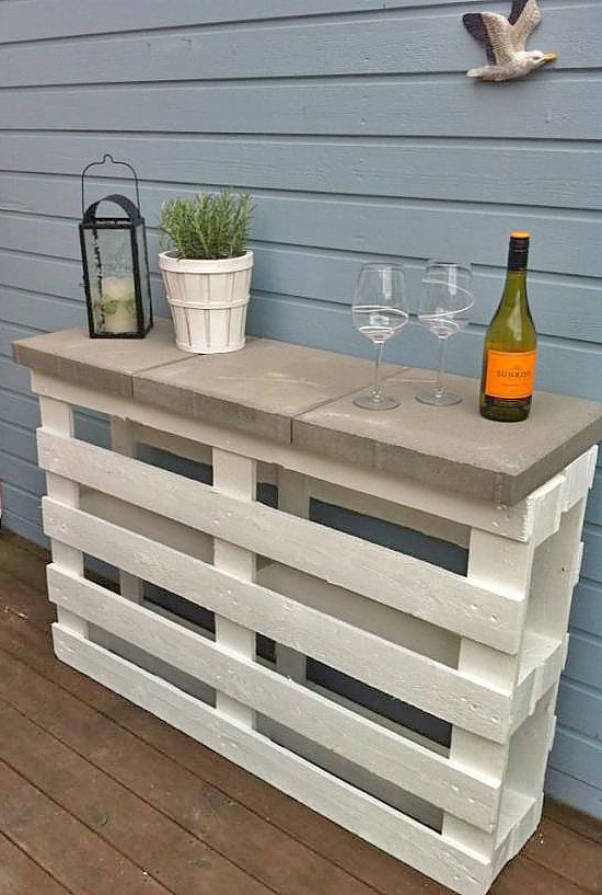 DIY garden furniture inspiration. Home Decorista  DIY garden furniture inspiration