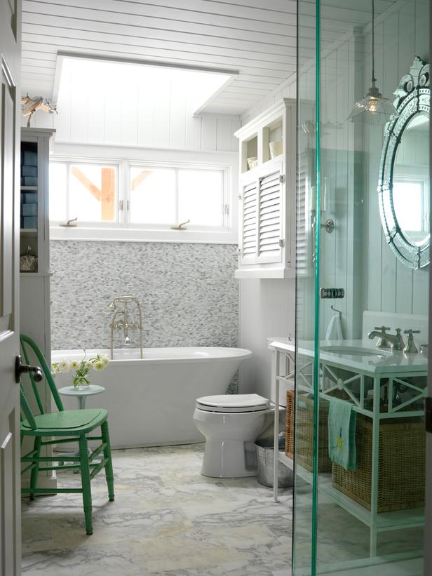 Prairie perch venetian mirrors for Beach house master bathroom