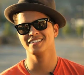 Biodata Bruno Mars