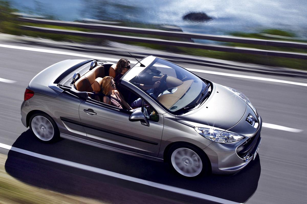http://1.bp.blogspot.com/-jhSWpMsOQfU/UExoruzKxLI/AAAAAAAAC9I/myqoDG-MQiw/s1600/Peugeot_207_CC_001.jpg