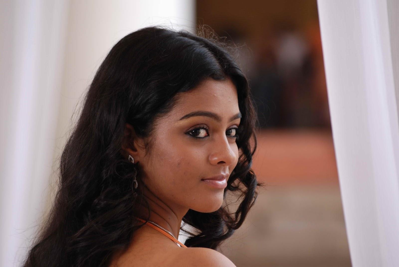 18 Vayasu Tamil Mp3 Download 18 Vayasu Video Free