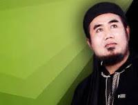 Mini Album Perdana dari Haji Atik